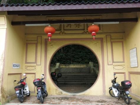 Penang Hill hike via Moon Gate | POKOK KELAPA